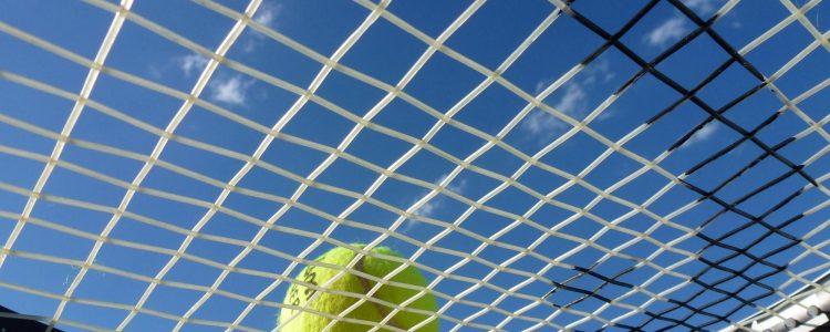 Junioreiden tenniskurssit kesällä 2021